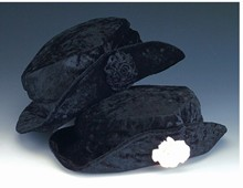 Girl's Velveteen Upbrim Hat